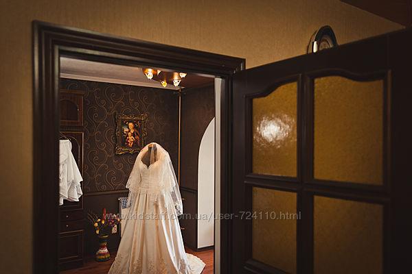 Шикарное свадебное платье для фигуристой  девушки 52-56р.