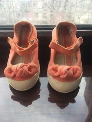 Текстильные туфли-балетки от Zara baby размер 19