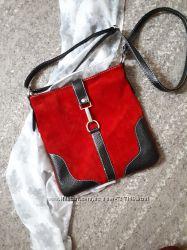 Замшевая стильная сумочка Италия