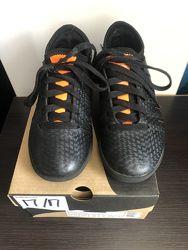 Футзалки, бутсы, футбольная обувь