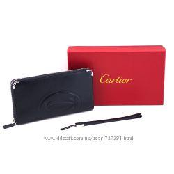 Элегантный женский кошелек Cartier на молнии брендированный черный стильный