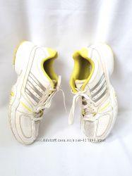 Кроссовки Adidas adiprene оригинал  uk5, 5  38, 5 us 7  25 см