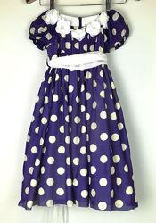 Красивое дизайнерское платье в горох прадзничное