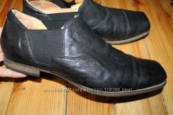 45 разм. Вечные туфли Think. Кожа высокого качества