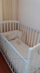 Кроватка детская белая ItalBaby матрас белье балдахин держатель