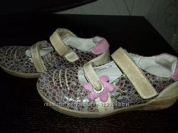 Туфли для девочки 31 размер.