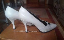 Туфли свадебные кожа  р. 39
