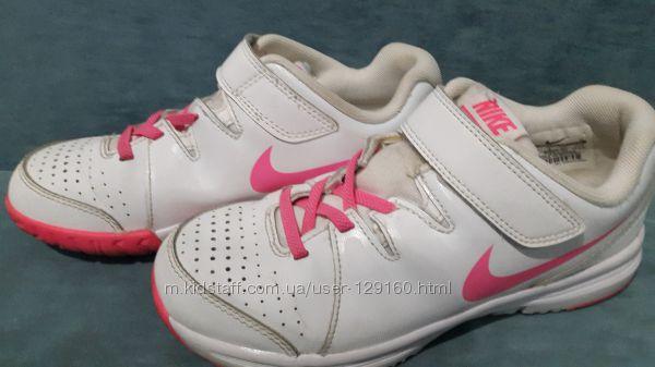 Кроссовки Nike Vapor Court .