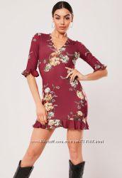 Missguided. Товар из Англии. Платье с рюшами и воланами в цветочном принте.