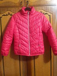 Розовая деми куртка Y. F. K. на синтепоне. Рост 146-152 см. На 11 - 12 лет.