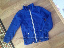 Очень качественная фирменная коттонновая куртка H&M на 10-11 лет, рост 146