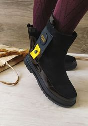 Ботинки для девочки черные замшевые