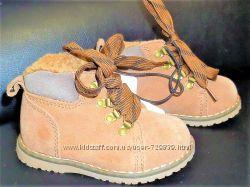 21 23 Замшевые утепленные ботинки Mothercare