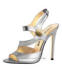 40 Эксклюзивные коллекционные босоножки  Versace & HM