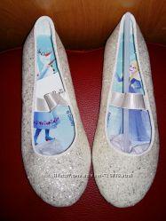 34 Шикарные туфельки Frozen от  H&M