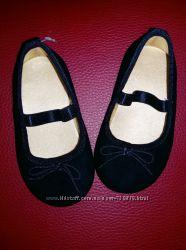 р 19 Модные туфельки  H&M