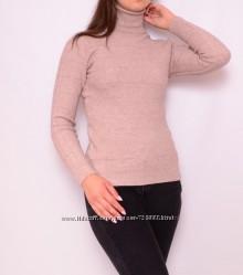 Теплые зимние свитера классического кроя, разные цвета