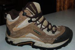 деми ботинки columbia 37  размер
