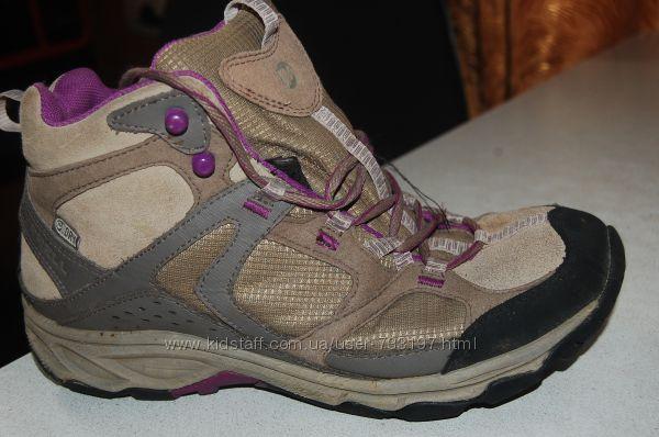 деми ботинки merrel 39 размер на девочку
