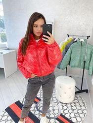 Женская стильная куртка стеганая 42 44 46 цвета на фото