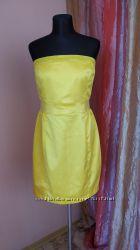 Стильное коктейльное платье 40 размера одето 1 раз, состояние отличное