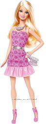 Barbie Fashionista в платье для вечеринки.