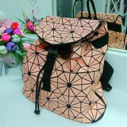 Стильный розовый Рюкзак  Mary kay.