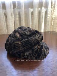 Меховая шапка