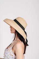 Шляпка широкополая, округлые поля
