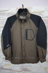 Ветровка куртка спортивного бренда Killtec в идеальном состоянии