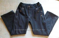 Темно-серые школьные брюки на флисе на 116-122 рост