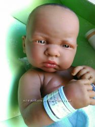 Кукла пупс Berenguer темнокожий