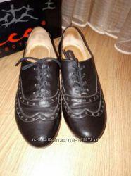 Женские туфли на шнуровке, р. 37