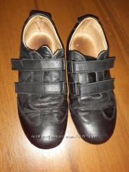 Кроссовки кожаные р. 36
