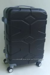 Дорожные четырехколесные чемоданы