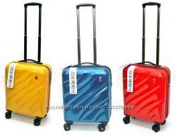 Брендовый Испанский чемодан поликарбонат Gladiator, 3 цвета