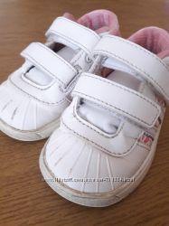 Мега стильные кроссовки Adidas 20р 12-12. 5см