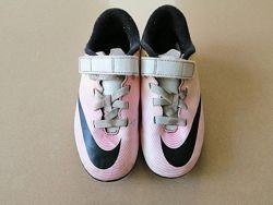 Бутсы шиповки Nike