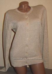 Нарядный бежево-золотистый свитерок от gap. размер m