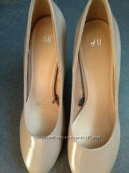 Туфли лодочки бежевые нюд H&M