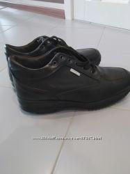 Продам новые мужские демисезонные ботинки Nuova vita 43рр