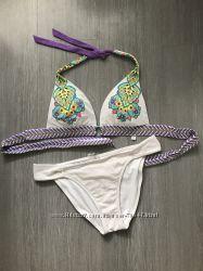 Бюстгалтеры и плавки Victoria Secret отличном состоянии