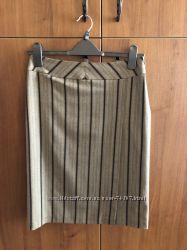 Элегантная юбка миди с глубоким запахом
