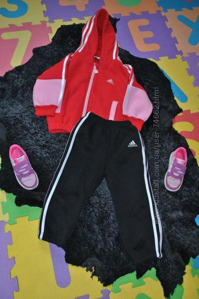 Новый спортивный костюм на 3-4 годика