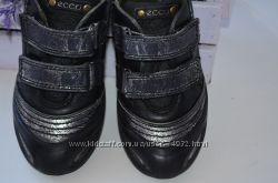 Кожаные кроссовки Ecco р. 32 по стельке 20 см