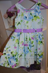 Котоновое красивое платье рост 134 на 8-9 лет