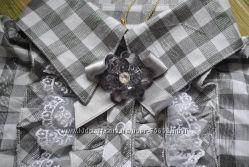 Шикарная рубашка с брошкой от MONE р. 92 Указаны замеры