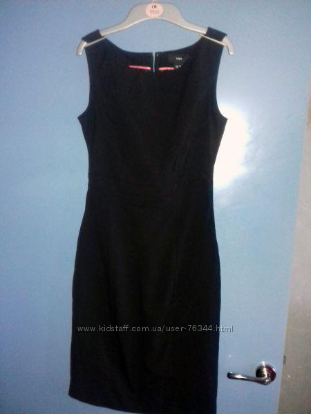 Платье-футляр черное H&M. Можно в школу. Размер 34 англ 8, наш 40.