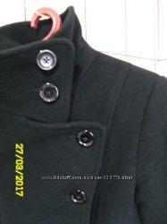 Стильное черное пальто размер М