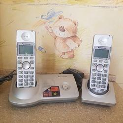 Радиотелефон Панасоник 2 трубки, база и зарядка